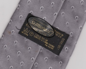 M&S brand highlighted on Tie label